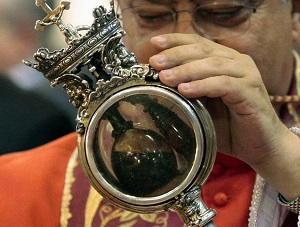 Liquefazione sangue di San Gennaro Napoli