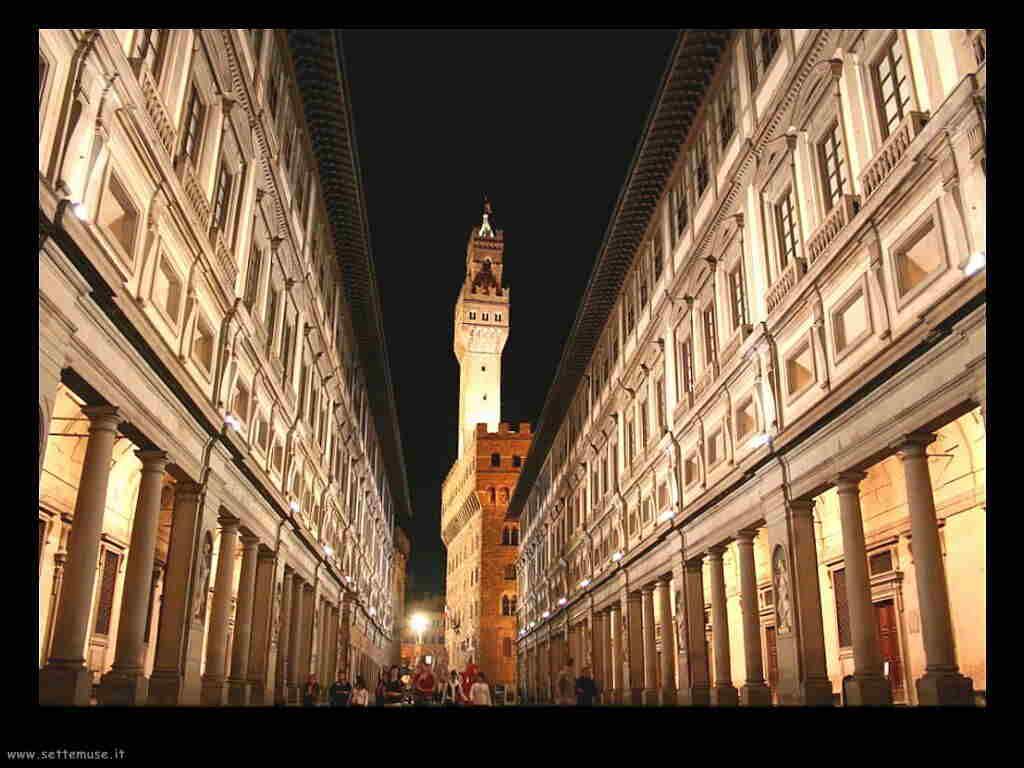 foto_musei/musei_galleria_degli_uffizi_001_esterno