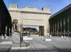 Esterno del Museo di  Pergamo Berlino