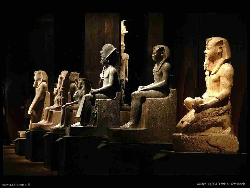 museo_egizio_torino_002_statuario