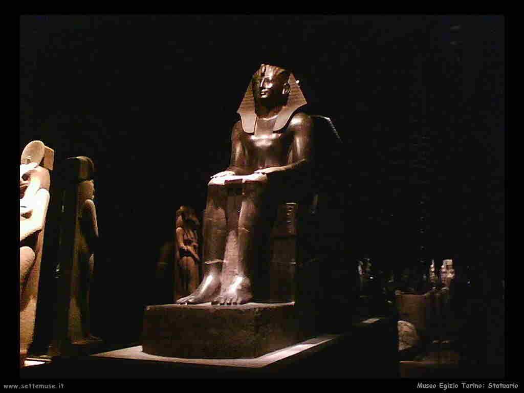museo_egizio_torino_010_statuario