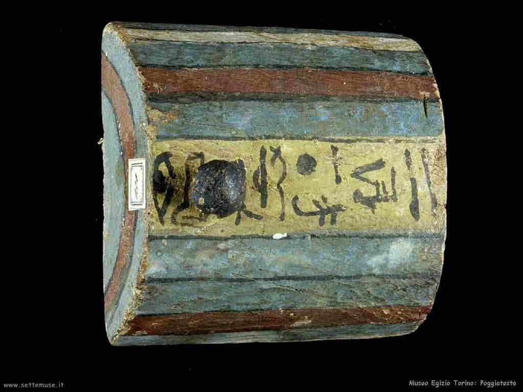 museo_egizio_torino_018_poggiatesta