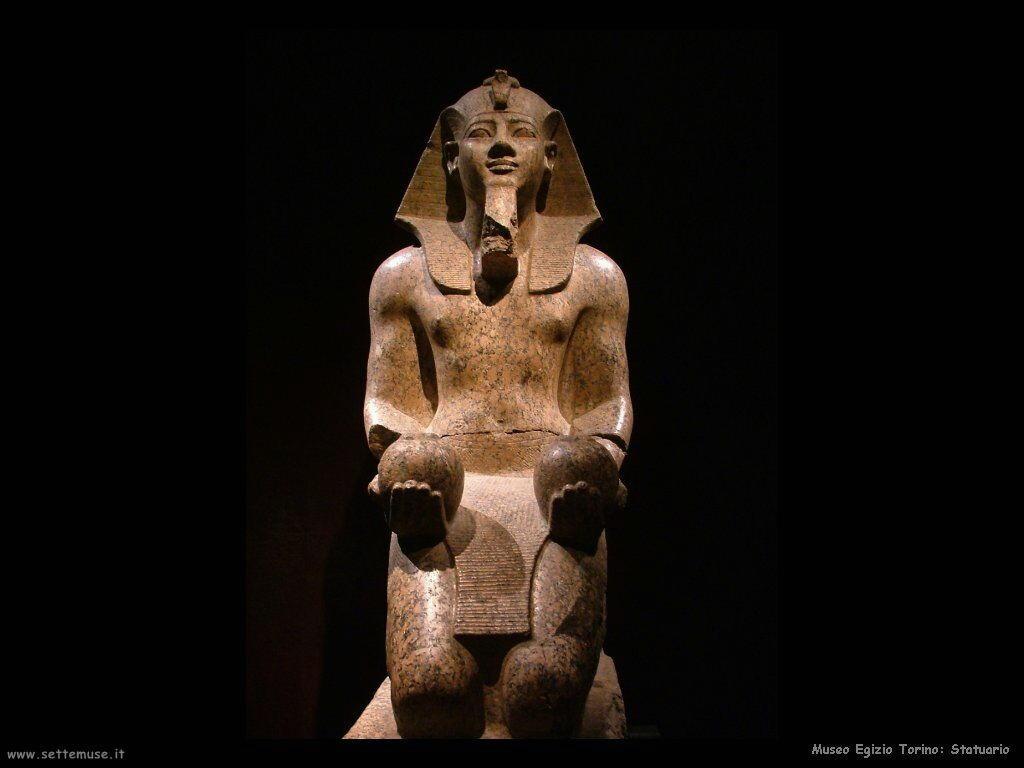 museo_egizio_torino_021_statuario