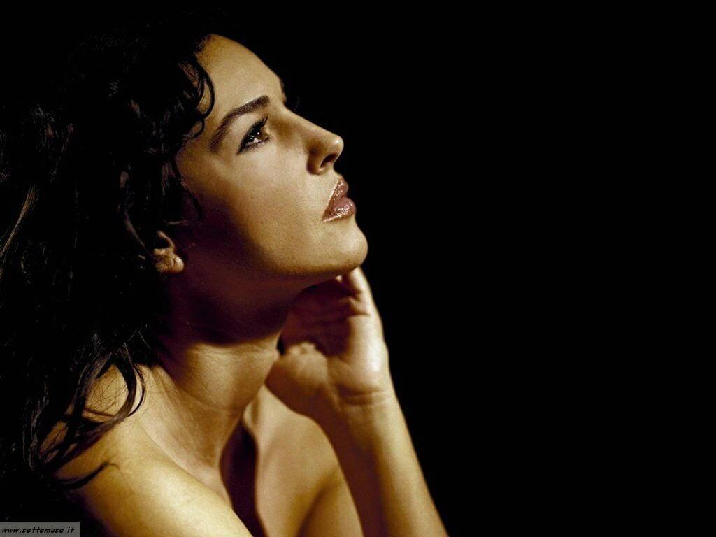 ATTRICI ITALIANE BRAVE... Monica Bellucci