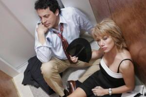 Enrico Brignano e Nancy Brilli