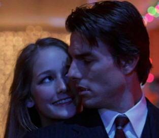 "Tom Cruise e Leelee Sobieski in ""Eyes Wide Shut"""