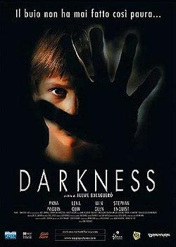 Iain Glen interpreta Darkness