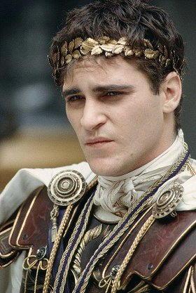 """Joaquin Phoenix in """"Il Gladiatore"""""""
