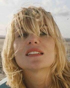 Emmanuelle Seigner nel film Lo scafandro e la farfalla