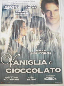 Maria Grazia Cucinotta nel film Vaniglia e cioccolato