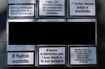 scritte sui pacchetti di sigarette