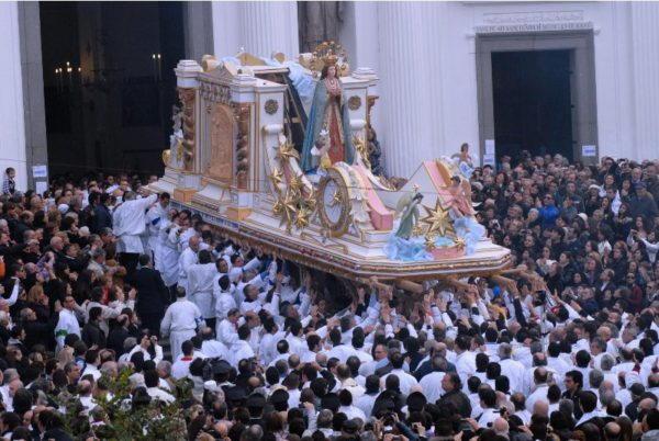 Immacolata a Torre del Greco processione