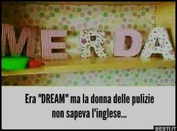 donna pulizie italiana