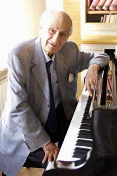 Giancarlo Menotti al piano, biografia