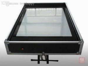 Light table per produrre opere di sabbia