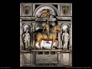 italiani_Monumento a Nicola Orsini
