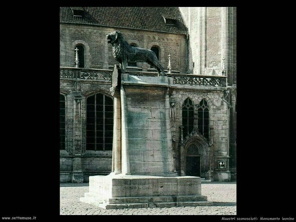 maestri sconosciuti Monumento con leone