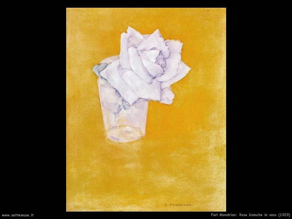 Piet Mondrian_rose_bianche_in_vaso_1920
