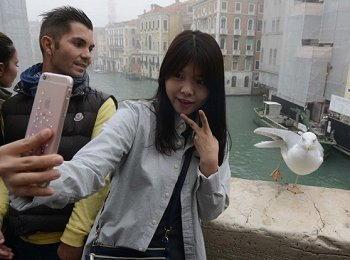 Ricky poesia era venezia selfie