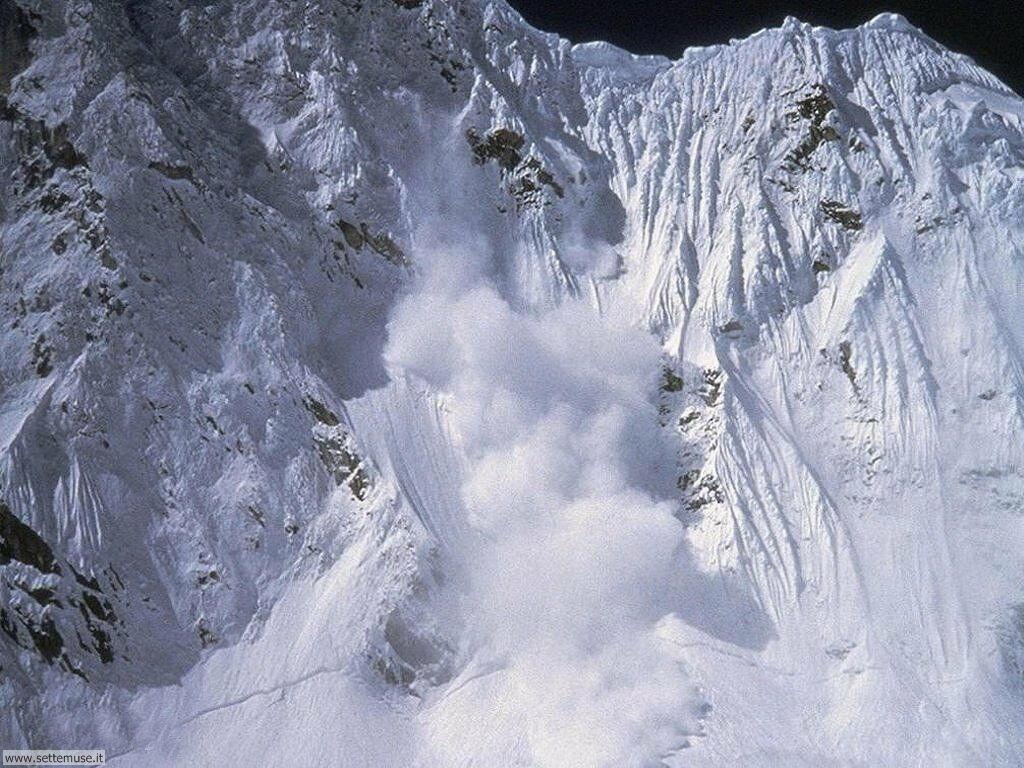 Foto desktop di neve e paesaggi innevati 035