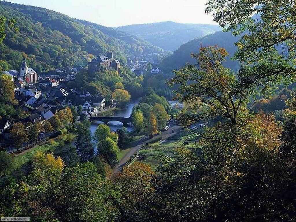 Foto panorami in volo per sfondi desktop for Foto di zig e sharko