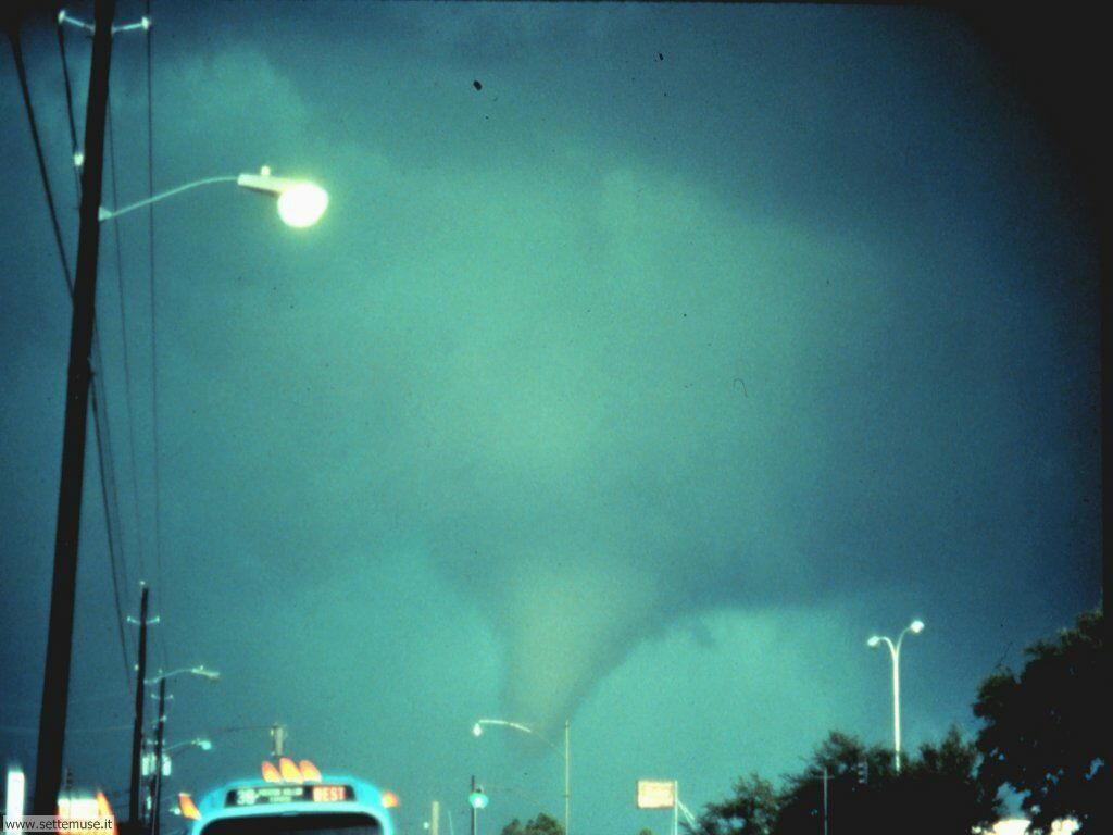 tornado 15