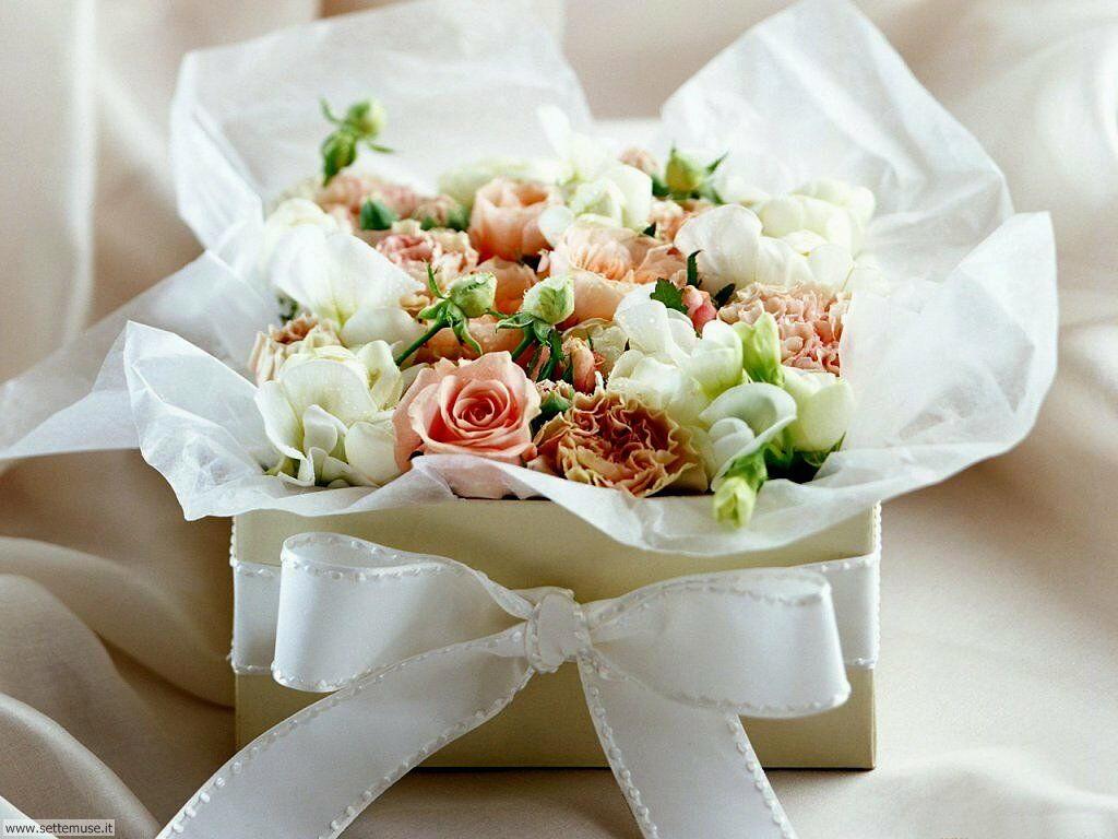 Mazzi Di Fiori Meravigliosi.Foto Bouquet Di Fiori Per Sfondi Settemuse It