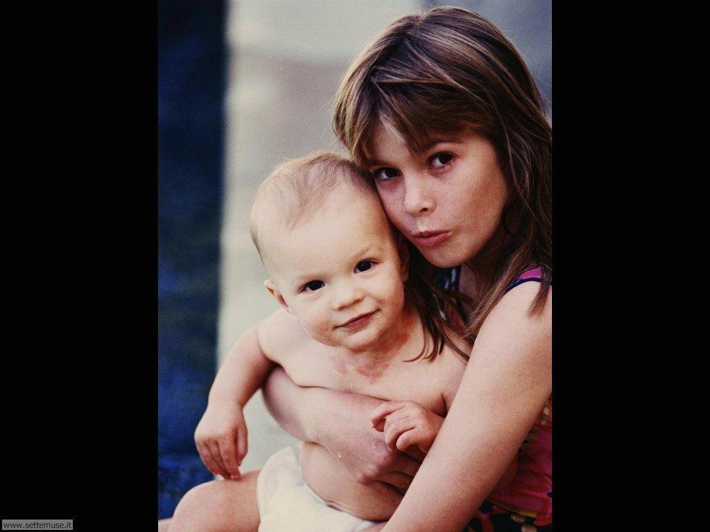 foto bambini e neonati per sfondi 005.jpg mamma con bimbo