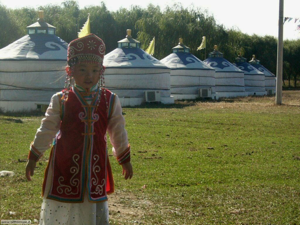 foto bambini e neonati per sfondi 030.jpg bimbo mongolia