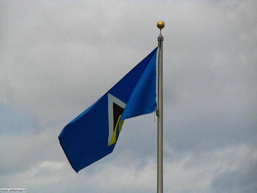 foto bandiere e stemmi per sfondi 001.jpg