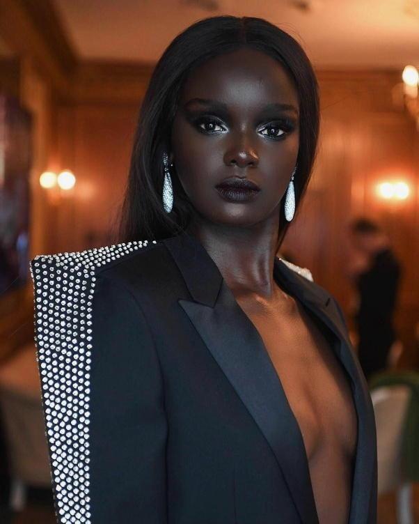 foto ragazze bellissime e dalla pelle scura 020