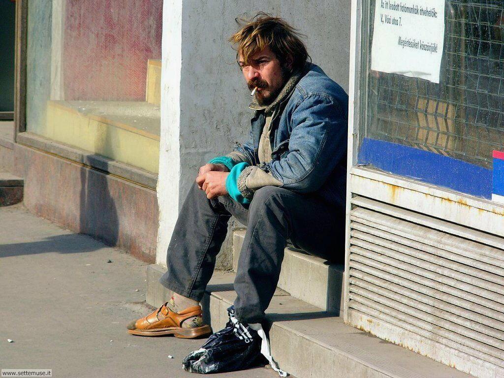 gente in strada 2 18