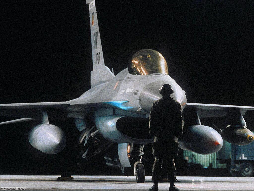 Sfondi desktop di mezzi militari 031