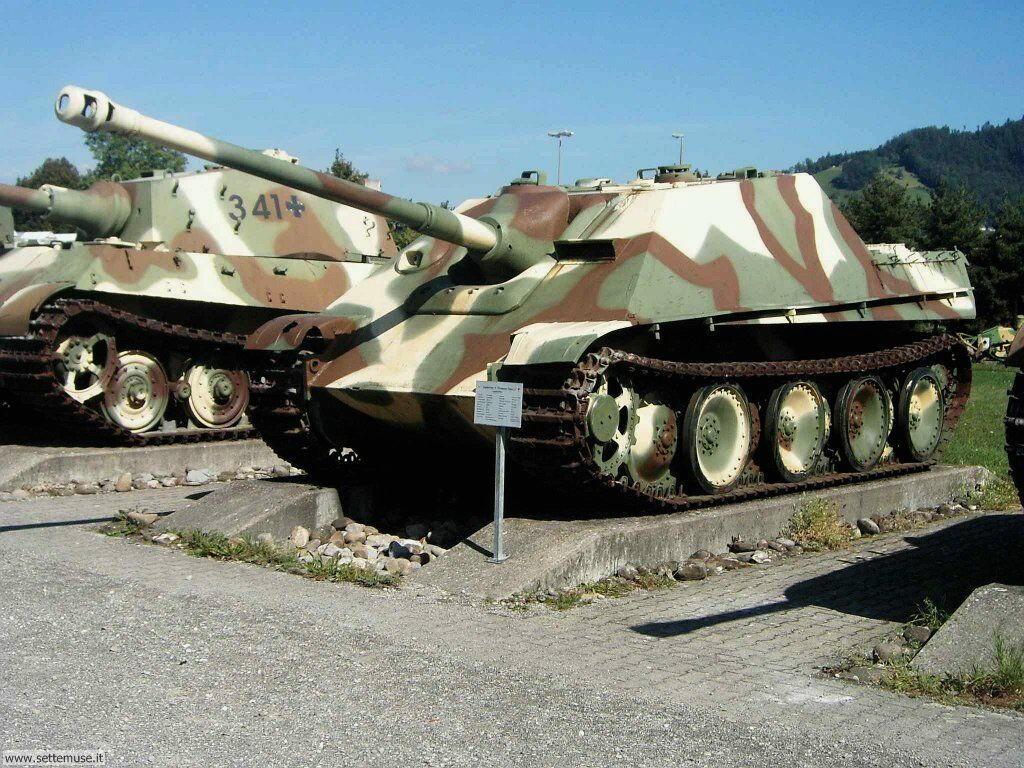Sfondi desktop mezzi militari (2)_044