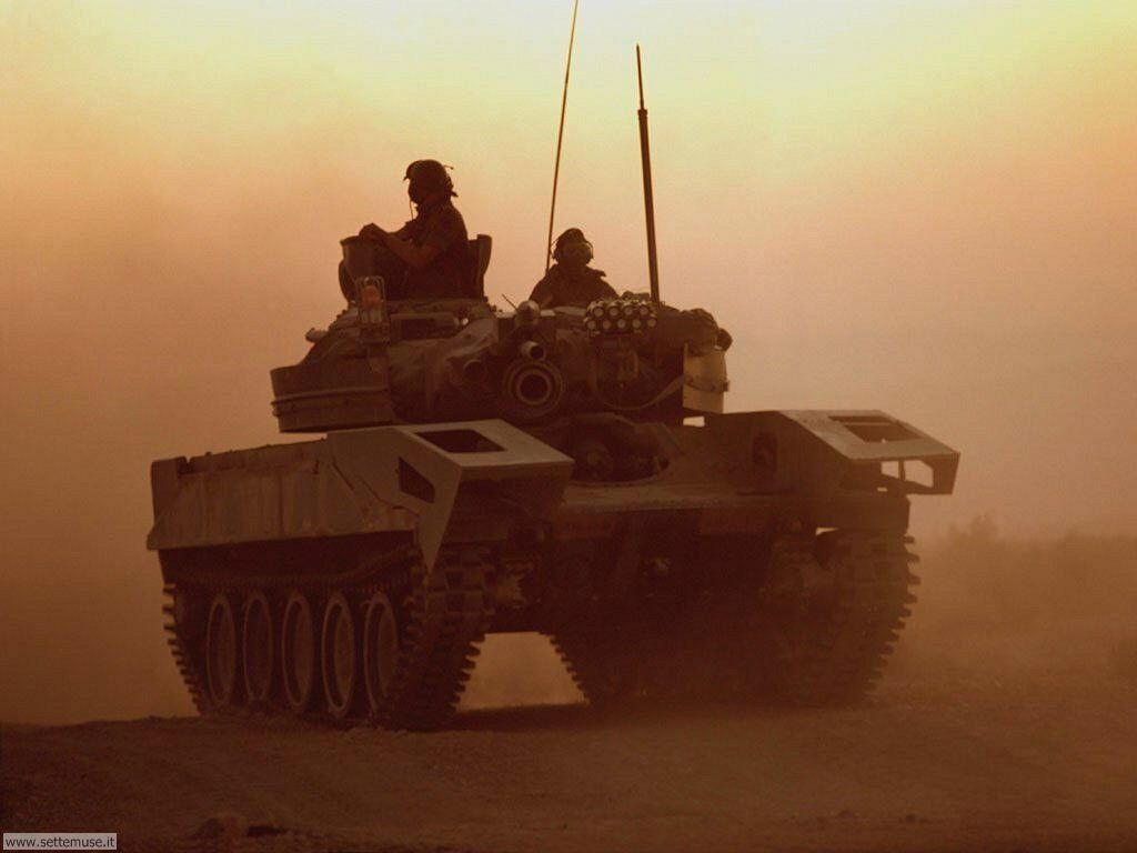 Sfondi desktop mezzi militari (2)_070