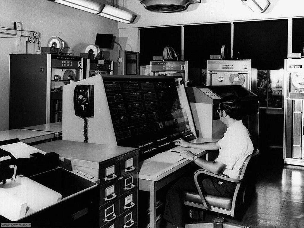 foto per sfondi desktop di vecchi computer 035