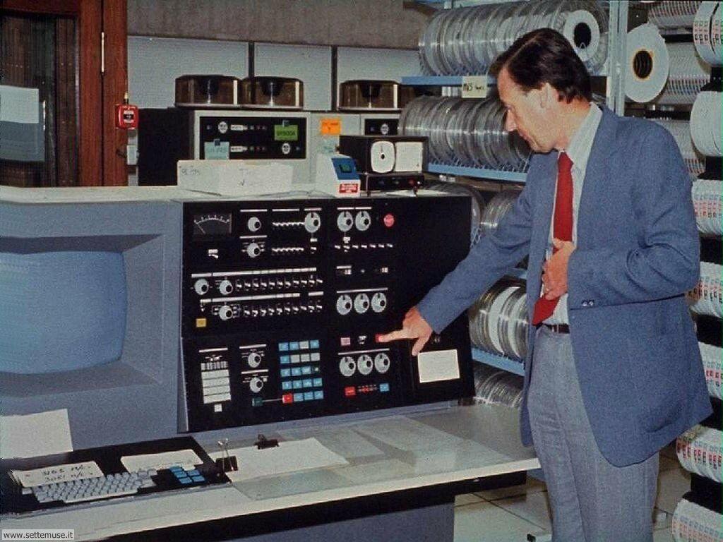 foto per sfondi desktop di vecchi computer 059