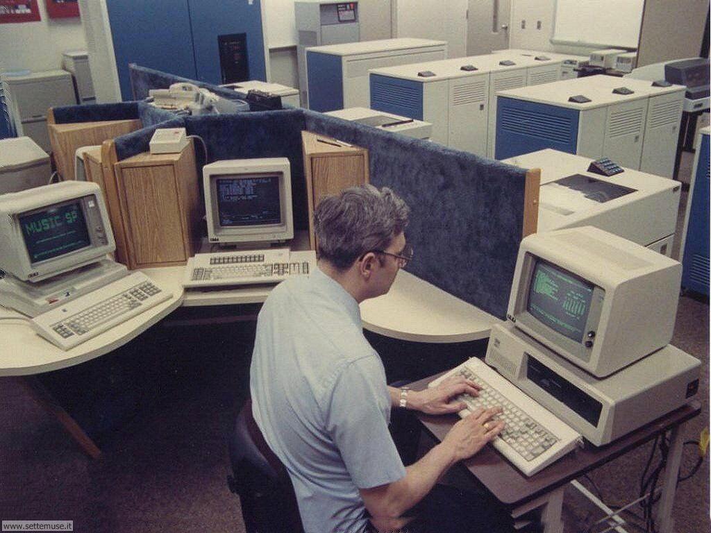 foto per sfondi desktop di vecchi computer 070