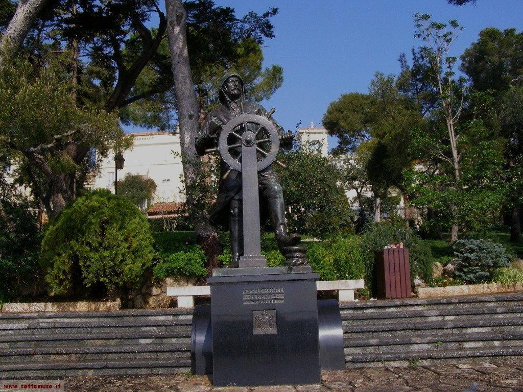 Statua nel Principato di Monaco