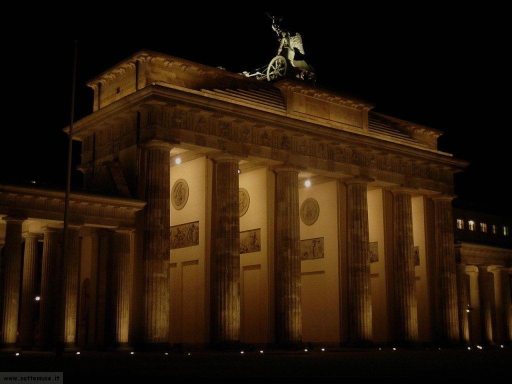 Germania berlino guida su cosa vedere e cosa fare foto - Berlino porta di brandeburgo ...