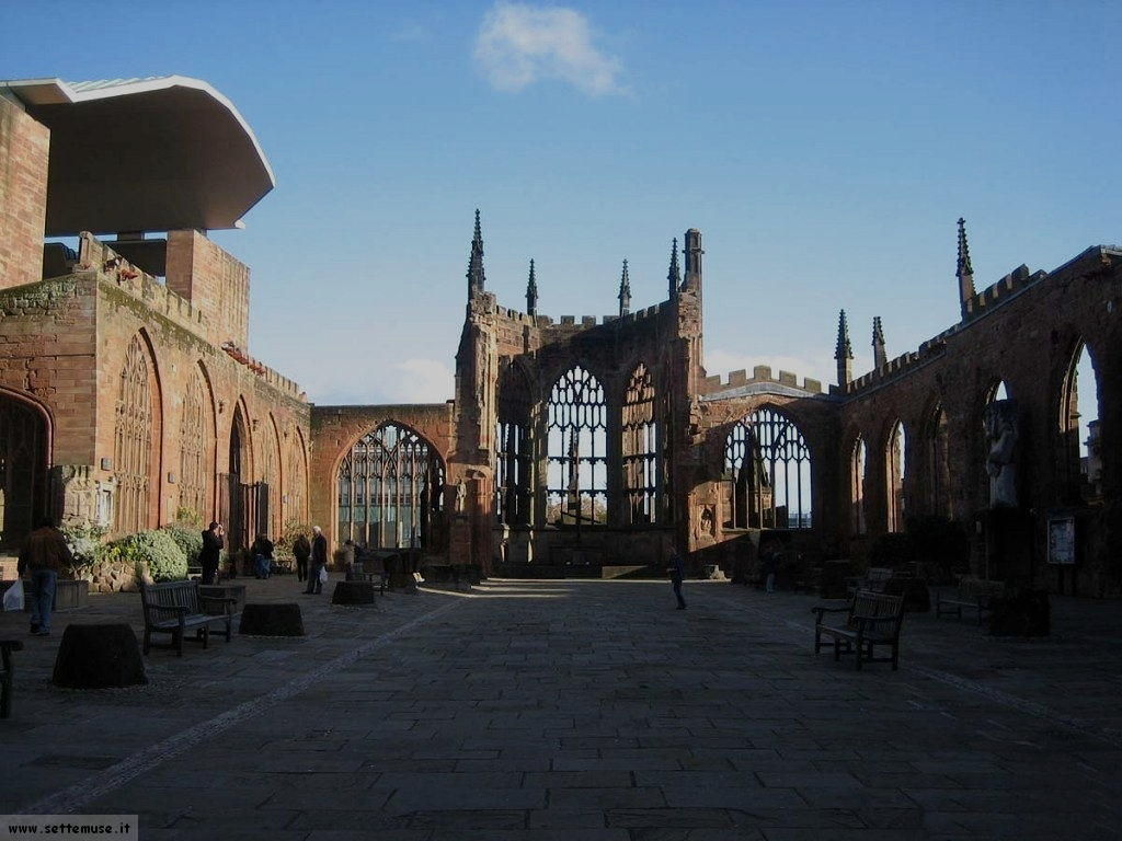 Coventry_Cathedral_Ruins