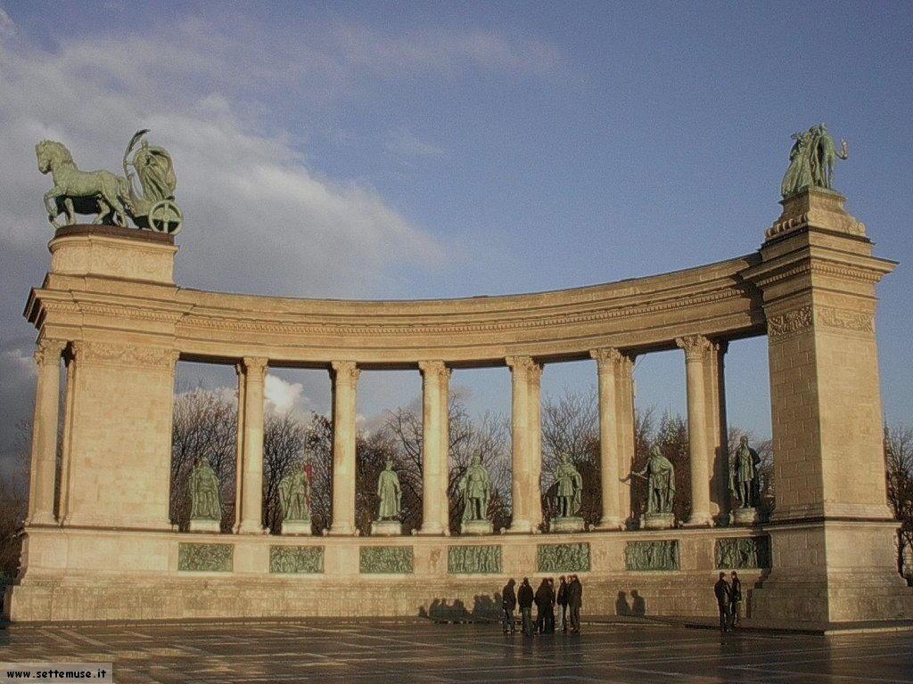 Budapest_Piazza_degli_Eroi