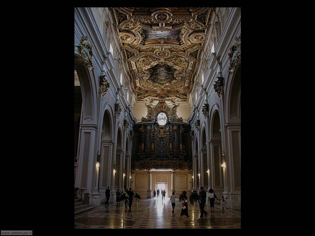 Interno della chiesa San Bernardino dell'Aquila