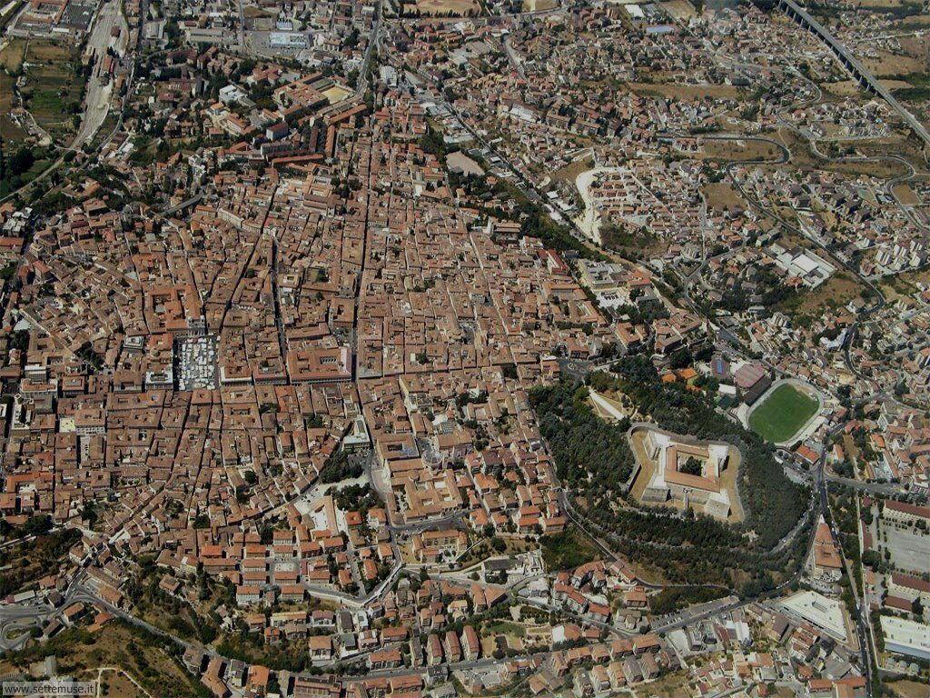 la citta dal'alto prima del terremoto 2009
