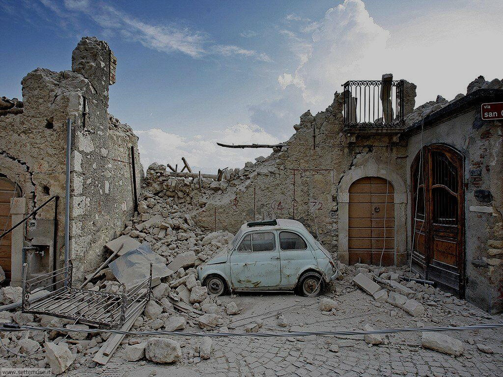 Foto del terremoto in Abruzzo nel 2009 Castelnuovo