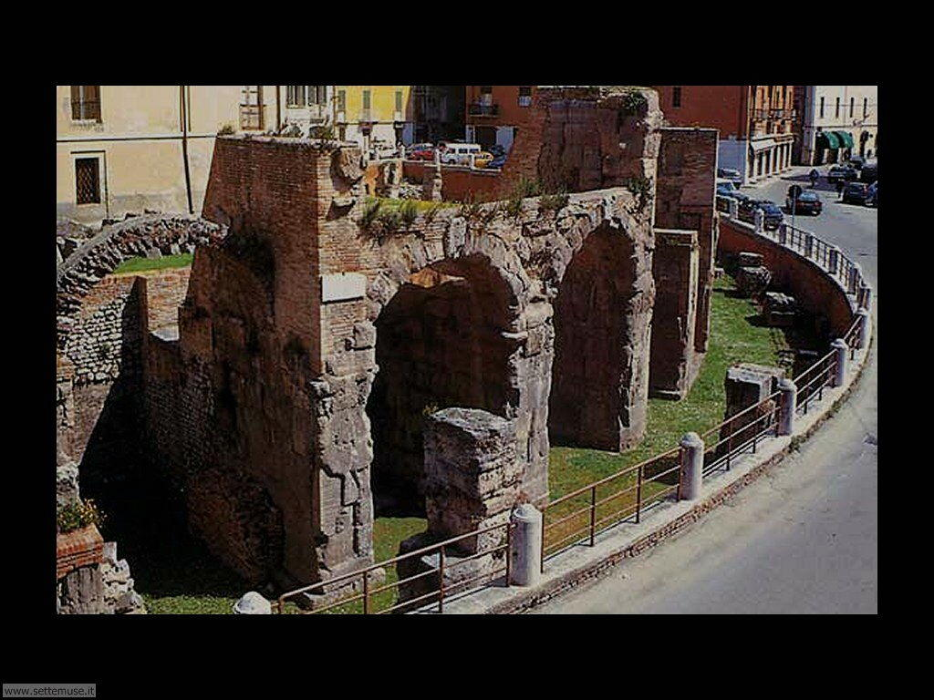 Foto Anfiteatro romano