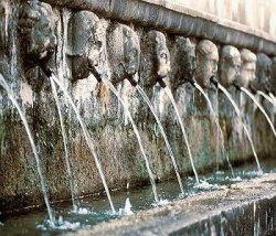 L'Aquila - La fontana delle 99 cannelle