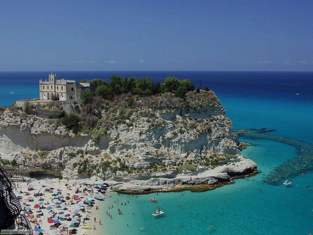 Monastero S. Maria dell'Isola Tropea Reggio Calabria
