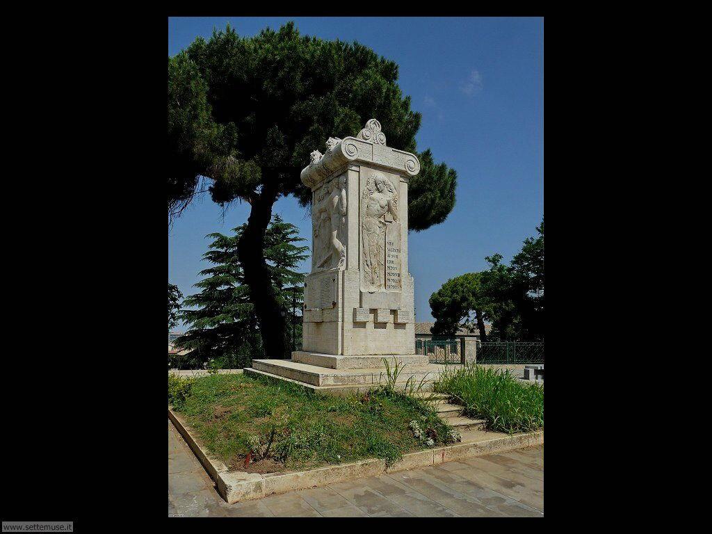 vibo_valentia_005_monumento_caduti