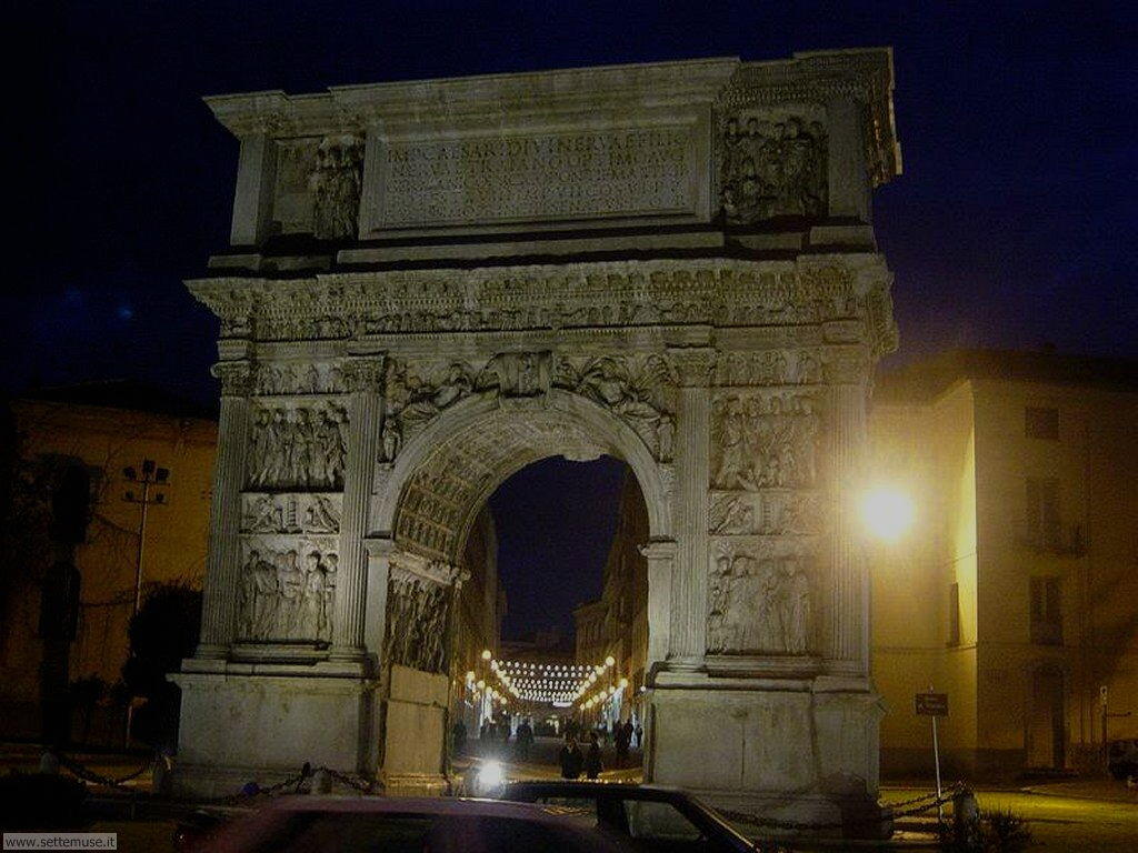 benevento_007_arco_di_traiano